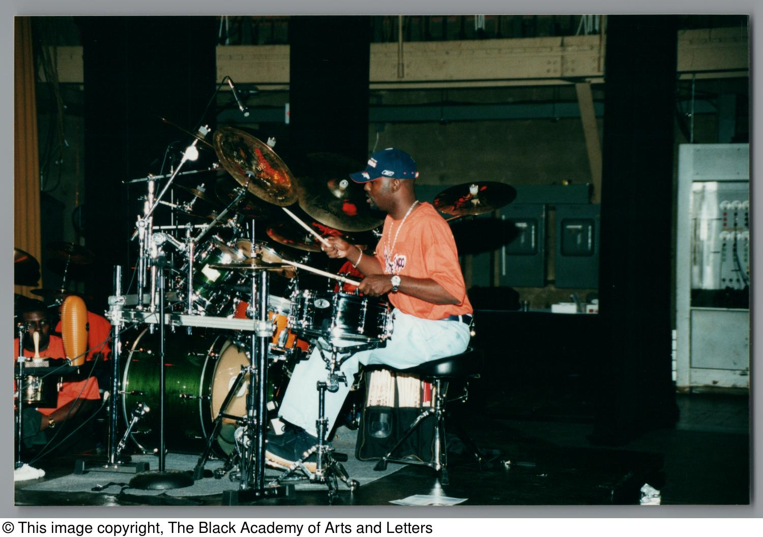 [Drummer's Expo Photograph 25]                                                                                                      [Sequence #]: 1 of 2