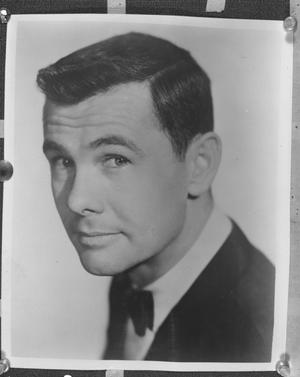 Primary view of object titled '[Headshot of Johnny Carson]'.