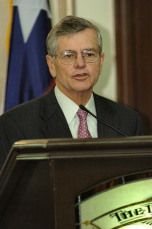 [Tom Craddick guest speaking at TDNA conference]