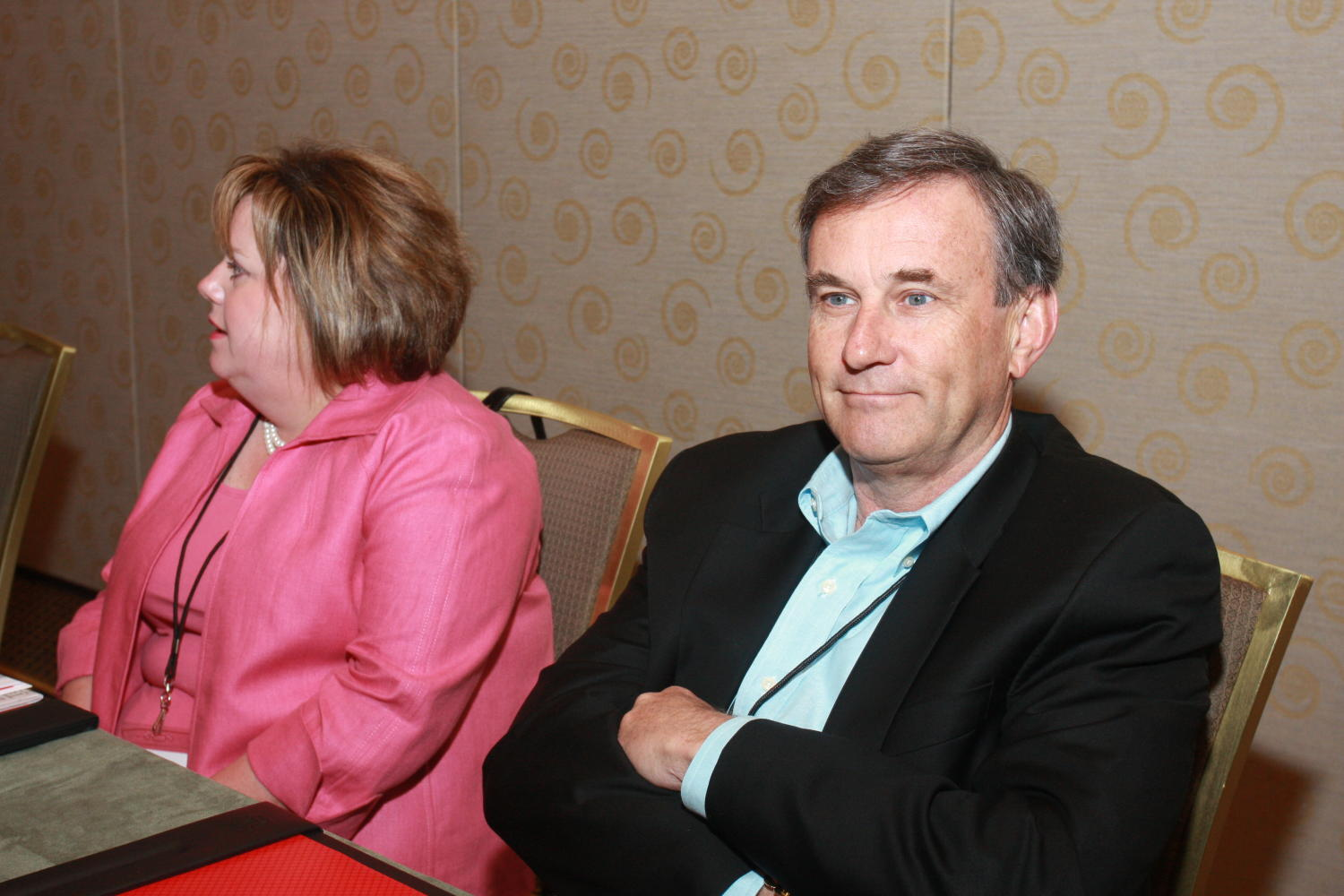 [Guests attending the 2010 TDNA conference], Photograph of unidentified guests seated at tables and relaxing as their picture is taken during the 2010 Texas Daily Newspaper Association annual meeting held in Houston, Texas.,