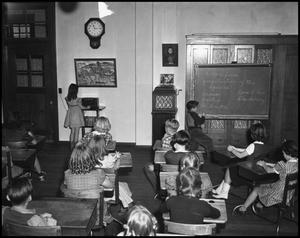 Primary view of object titled '[Elementary Students during morning class]'.
