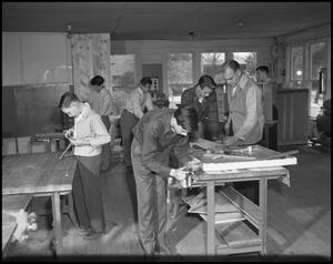 Primary view of object titled '[Students in Workshop]'.