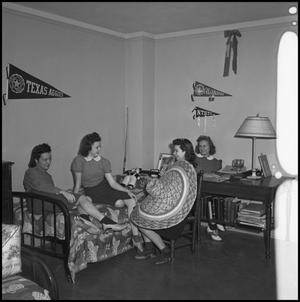 Primary view of object titled '[Four Girls in Dorm Room]'.