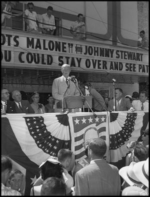 Primary view of object titled '[Eisenhower Addressing Crowd]'.