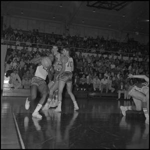 Primary view of object titled '[North Texas vs. Arkansas Basketball Game]'.