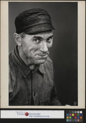 Primary view of object titled '[Photograph of Unidentified Man]'.