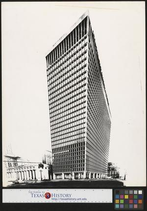 Primary view of object titled '[Detroit Bank and Trust Company Building (2)]'.