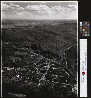 Primary view of object titled '[View of the Town of Cumberland Gap, Tennessee]'.