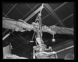 Primary view of object titled '[Main rotor of the XH-40]'.