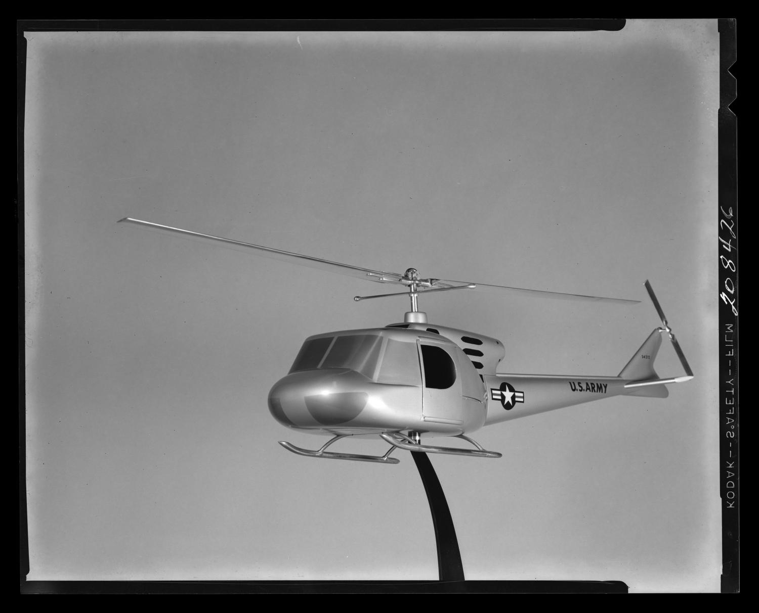 [Model of the Bell 204 helicopter]                                                                                                      [Sequence #]: 1 of 1