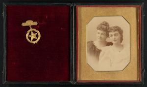 [Portrait of Ida Loving Turner and Alma Turner Phelps]