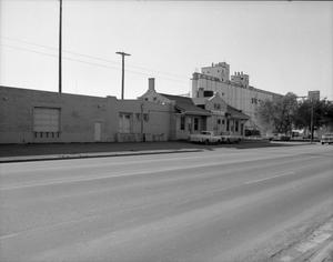 Primary view of object titled '[Santa Fe Railroad Depot]'.