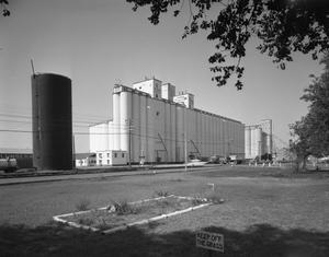 Primary view of object titled '[Pittman Grain Elevator]'.