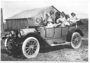 Primary view of object titled '[Five women and two children in a 1913 Buick]'.