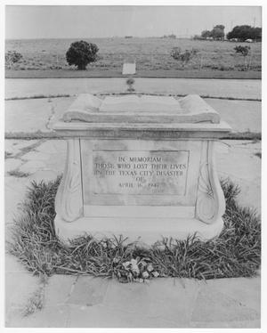 Primary view of object titled '[The Altar Monument in Memorial Park in Texas City]'.