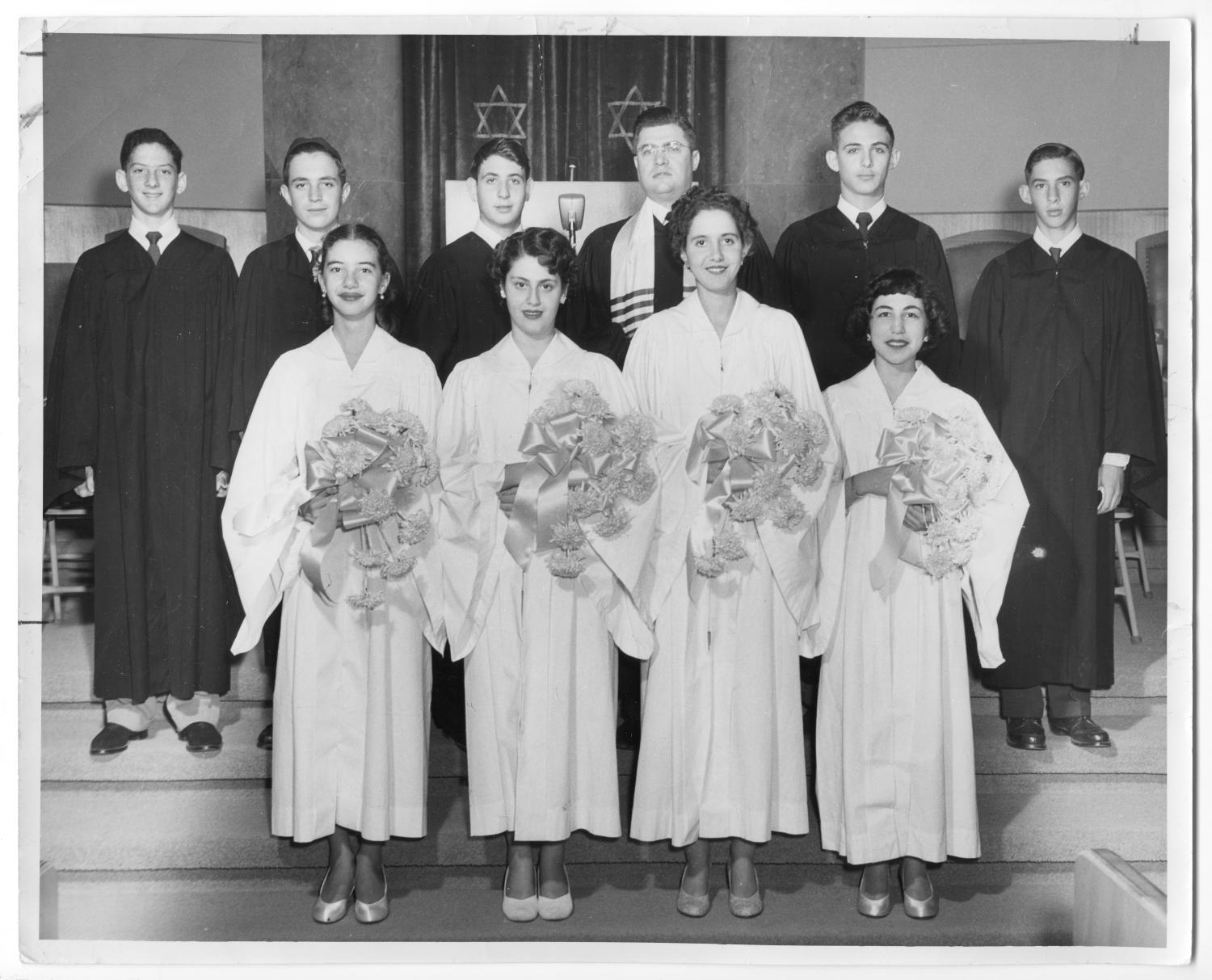 [1952 Ahavath Sholom Confirmation Class]                                                                                                      [Sequence #]: 1 of 2