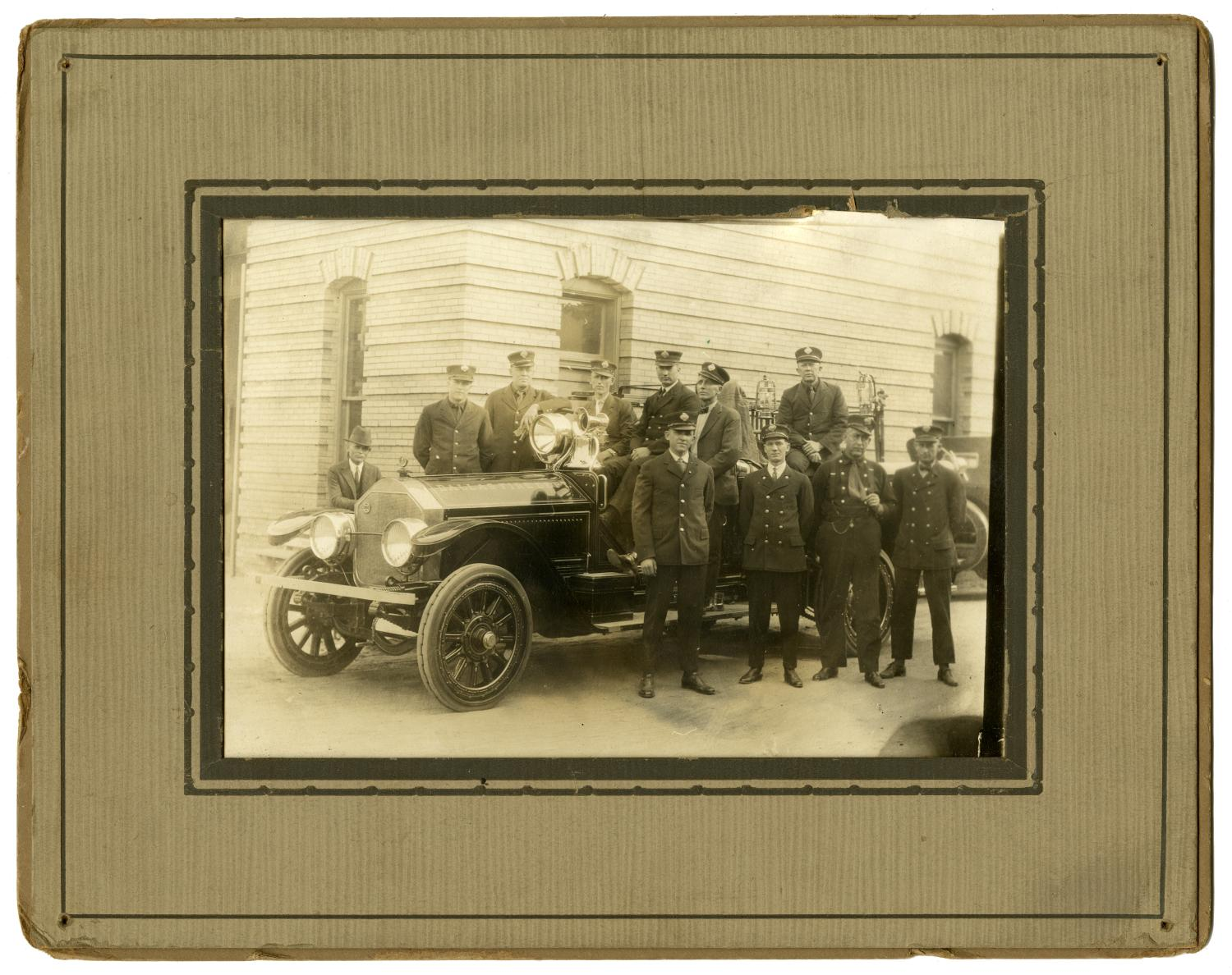 [Group Portrait of Station #2, 2414 Commerce Street]                                                                                                      [Sequence #]: 1 of 2