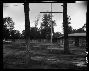 Primary view of object titled 'Hank's Motel'.
