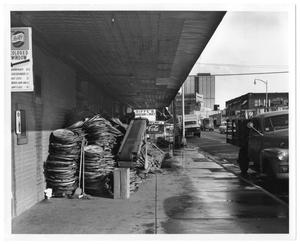 Primary view of object titled '[Riffe's Grocery and Market]'.