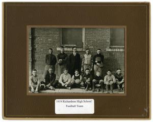 Primary view of object titled '1919 Richardson High School Football Team'.