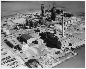 Primary view of object titled '[Aerial view of refinery and port facilities before the 1947 Texas City Disaster]'.