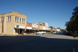 Primary view of object titled 'West Courthouse Square on Milam Street'.