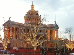 Primary view of object titled '[Christmas Lights on Courthouse]'.
