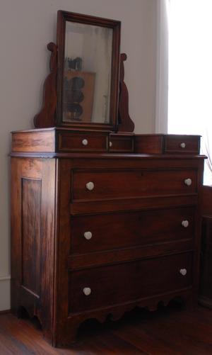 [Photograph of a Dresser]