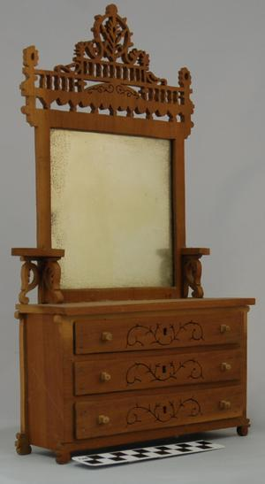 [Miniature Dresser]