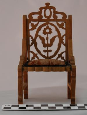[Miniature Chair]