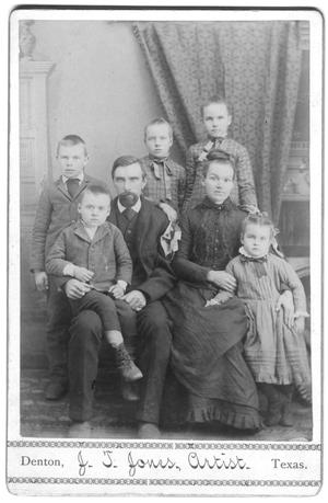 Primary view of object titled '[Portrait of early Texas family]'.