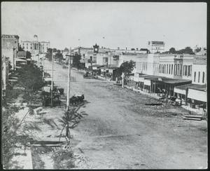 Primary view of object titled '[Congress Avenue Before 1875]'.