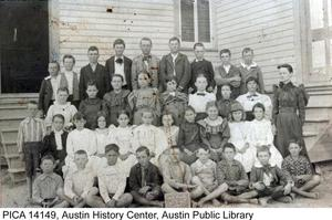 Primary view of object titled '[Fulmore Elementary School Students]'.