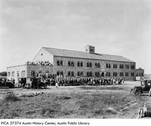 Primary view of [Kilian Hall - Concordia Lutheran College]