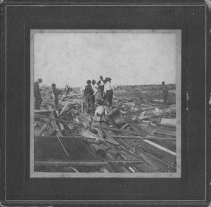 Primary view of object titled '[Damage from storm of 1900 in Galveston]'.