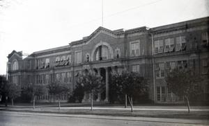 Primary view of object titled '[Old Red Building exterior, Stephen F. Austin High School]'.