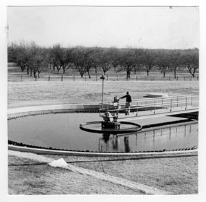 Primary view of object titled '[Water clarifier at the Denton Wastewater Treatment Plant]'.