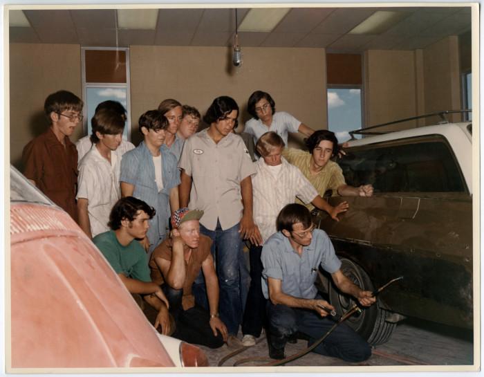 Killeen High School automotive class - The Portal to Texas History