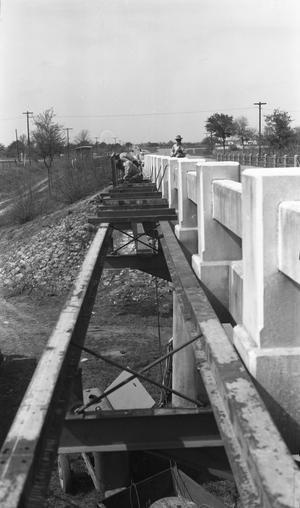 [Construction on U.S. Highway 81]