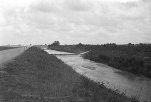 Primary view of object titled '[Flooded Channel Interstate 35 Frontage Road]'.