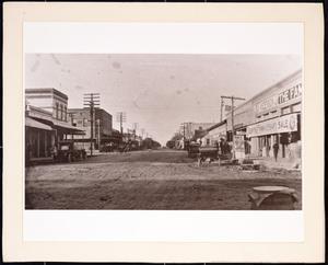 [Street scene in Killeen]