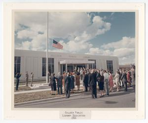 Primary view of object titled '[Dedication Ceremony at the Killeen City Library]'.