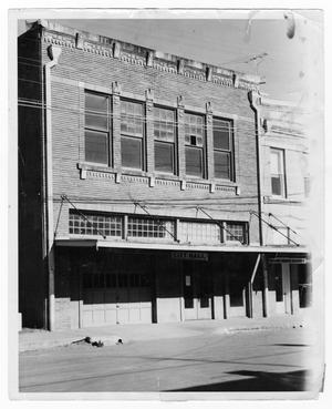 Primary view of object titled 'Old City Hall - Downtown (C Street) Floresville'.
