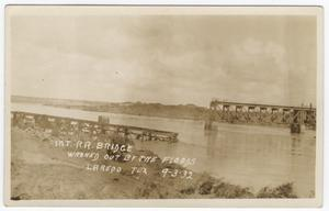 Primary view of object titled '[Railroad Bridge Destroyed by Flood]'.