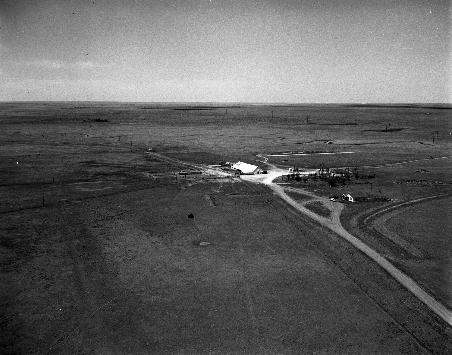 [Aerial Photograph of a Farm in Deaf Smith County]                                                                                                      [Sequence #]: 1 of 1