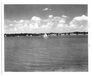 Primary view of object titled '[Sail Boat on White Rock Lake]'.