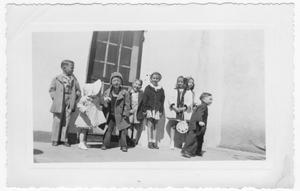 Primary view of object titled 'Eight Van Horn children, c.1939'.