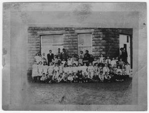 Primary view of object titled 'Van Horn School, 1912 or 1913'.