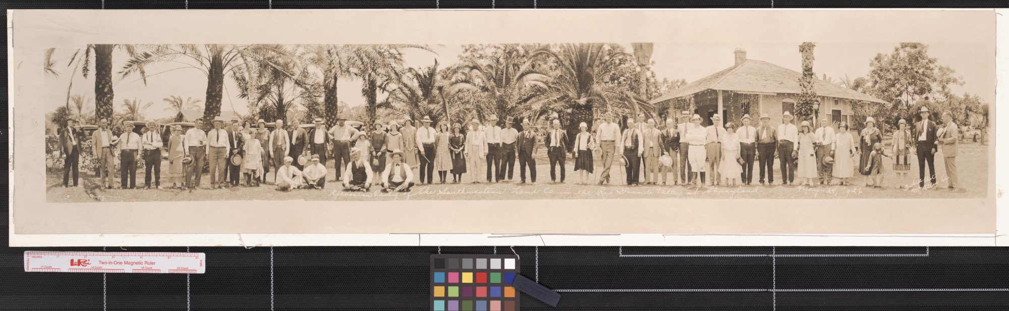 Excursion party of the Southwestern Land Co. in the Rio Grande Valley at Sharyland                                                                                                      [Sequence #]: 1 of 1