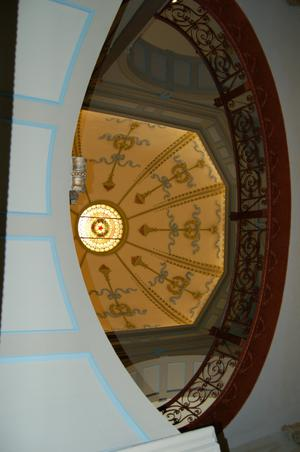 Primary view of object titled '[Courthouse Rotunda]'.